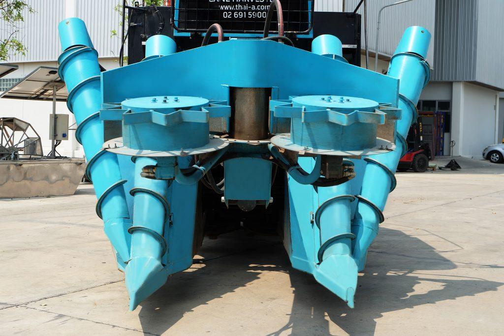 สาธิตวิธีใช้รถตัดอ้อยรุ่น Max Cane Harvester 360 (MH360) ขนาด 360 แรงม้า